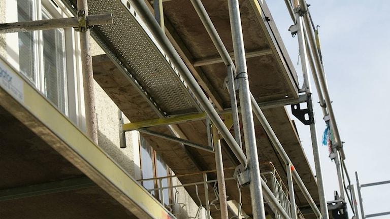 Byggställning vid en renovering i Östersund.