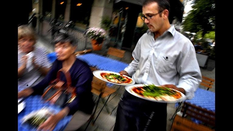 Restaurangmiljö. (Personerna på bilden har inte med restaurangen i Bergs kommun att göra.) Foto: Chris Maluszynski/TT