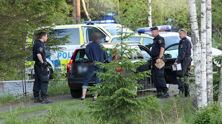 Tillslag mot misstänkt drograttfylleri. Foto: Sveriges radio.