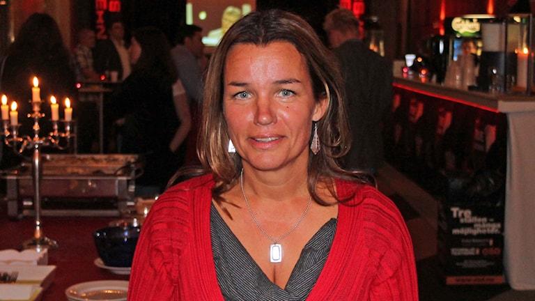 Anna-Caren Sätherberg, S, på valvakan. Foto: Marcus Frånberg/SR
