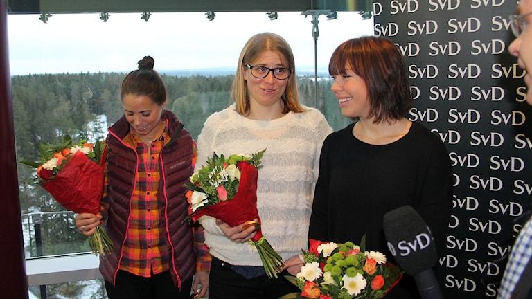 Anna Haag, Ida Ingemarsdotter och Emma Wikén har just tagit emot beskedet att de tilldelats Svenska Dagbladets bragdguld 2014. Foto: Marcus Frånberg/Sveriges radio.