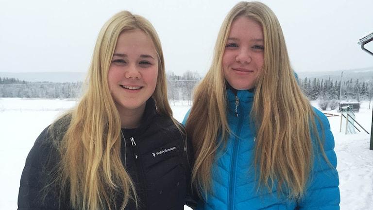 Emeli Alkell och  Elsa Håkansson Fermbäck