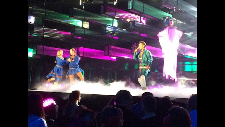 Jon Henrik Fjällgren på Melodifestivalfinalens genrep