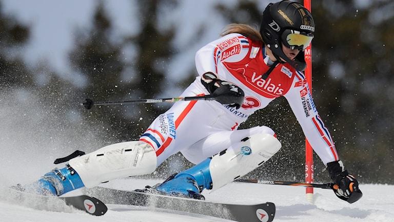 Estelle Alphande under JVM-slalom 2011. Foto: Jean-christophe Bott