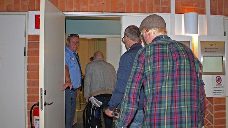 Häktningsförhandling Östersunds Tingsrätt om mordförsök på uzbekisk imam i Strömsund 2012. Foto: Victoria Herkules/Sveriges Radio.