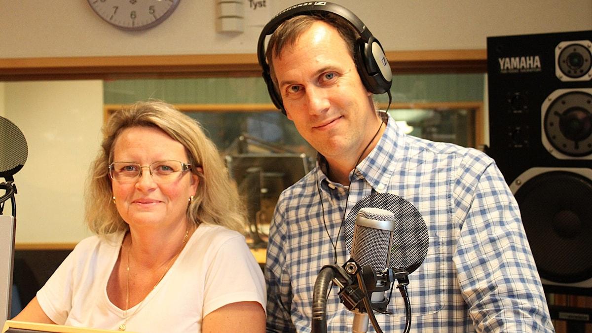 Maria Sjöqvist och Johan Bergendorff Sveriges Radio. Foto: Lotta Löfgren/Sveriges Radio.