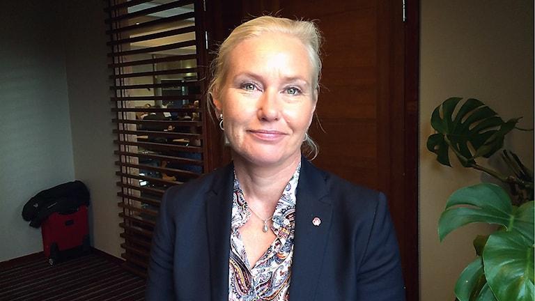 Infrastrukturministern Anna Johansson (S) kan inte rädda nattågen till Jämtland. Foto: Filip Gustafsson Högman/SR