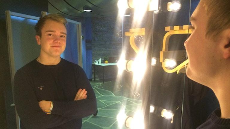Oskar Ohlsson är biografmaskinist i Tännäs.