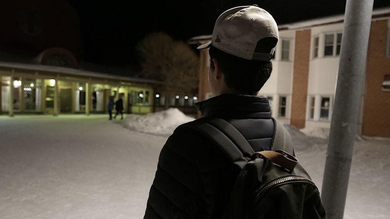 Kai tror att många av de som inte får asyl, kommer stanna kvar i Sverige och jobba illegalt. Foto: Simon Gunnholt/ Sveriges Radio.