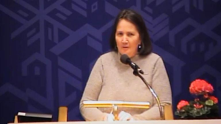 Monessa Ernbo under torsdagens sammanträde i kommunfullmäktige.