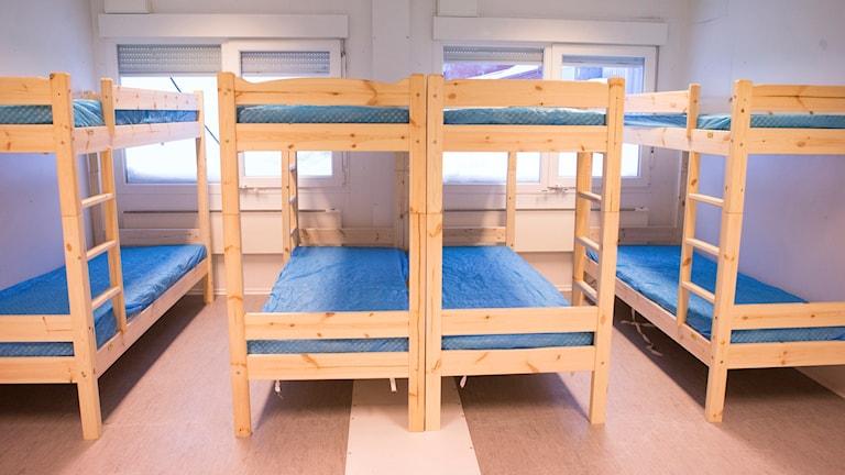 Sängar - våningssängar - asylboende