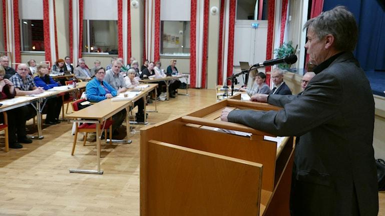 Sven-Åke Draxten argumenterade för att Bräcke kommun skulle gå in med 20 miljoner kronor för att finansiera skidtunneln i Gällö.