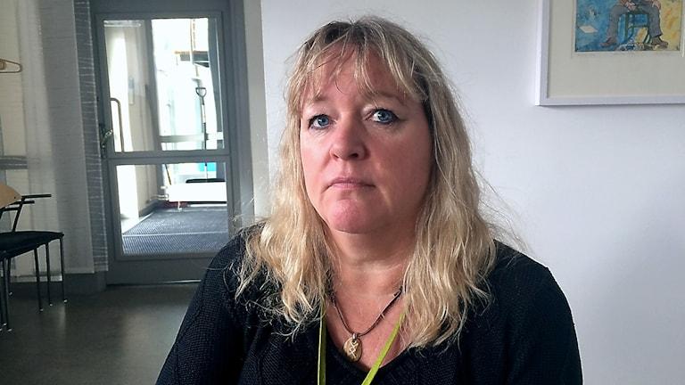 Karina Öhrberg, teamledare hos Kronofogden i Östersund. Foto: Filip Gustafsson Högman/SR