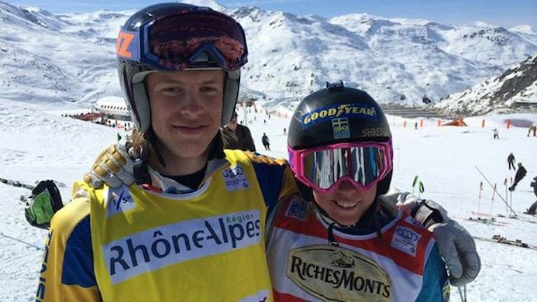 David Mobärg, Edsåsdalen, JVM-silver och Sandra Näslund, Kramfors, JVM-guld i skicross, Val Thorens 20160424.