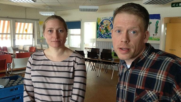Helena danielsson, rektor på Hackås skola, och Henrik Hallqvist, kostchef i Bergs kommun.