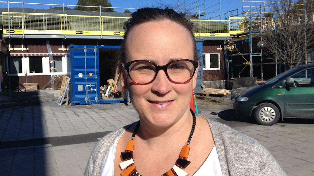Katrin Wissing, ordförande samhällsbyggnadsnämnden Åre kommun vid kommunhuset i Järpen.