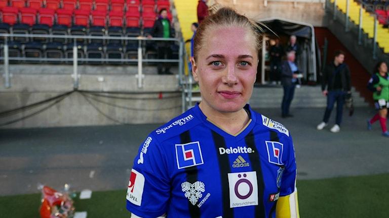 Sara Storck gjorde hat trick och blev stor matchvinnare när ÖDFF besegrade Växjö med 4-3.