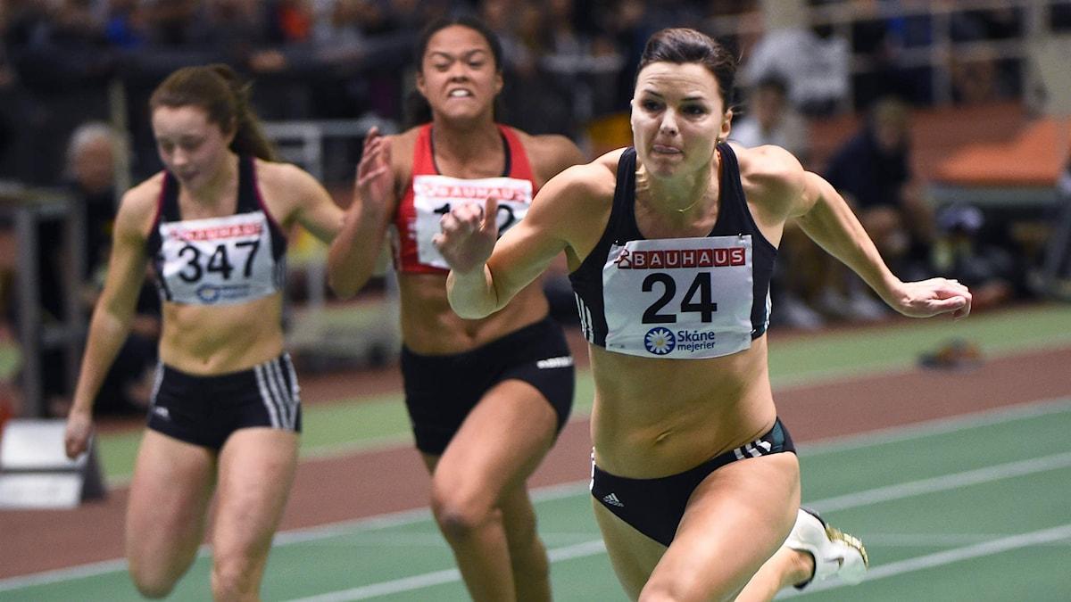 Susanna Kallur springer 60 meter utan häckar.