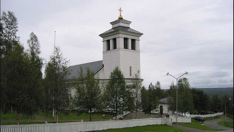 Tännäs kyrka