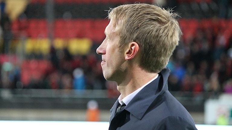 Profilbild av Graham Potter huvudtränare Östersunds Fotbollsklubb på fotbollsarena
