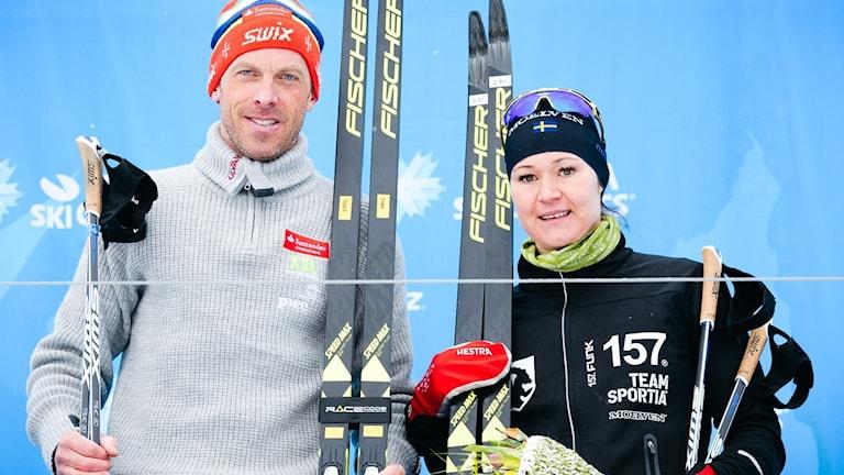 Anders Aukland och Britta Johansson Norgren, vinnare av Årefjällsloppet 2017.
