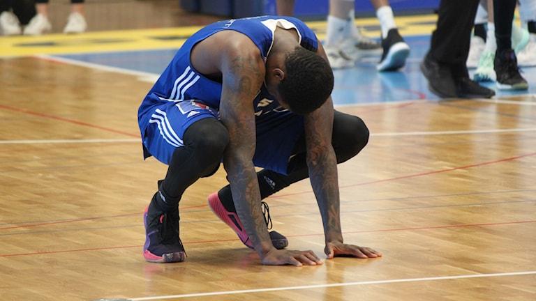 En tung förlust för Teyvon Myers och Jämtland Basket mot Södertälje i semifinalserien men en historiskt framgångsrik säsong.