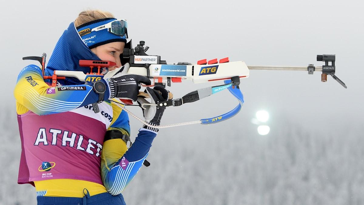Stina Nilsson siktar