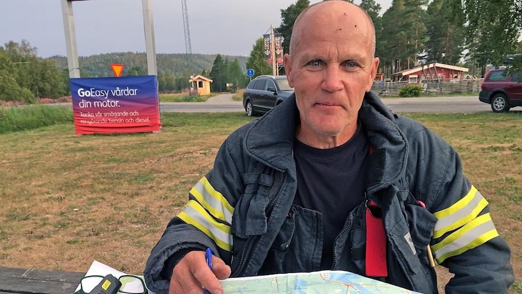 Lars Askerud räddningsledare vid branden utanför Gällö