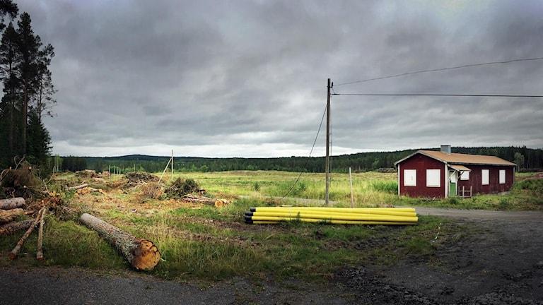 """Strax norr om centrala Östersund, vid det så kallade """"surhålet"""" anläggs en av landets största solcellsparker."""