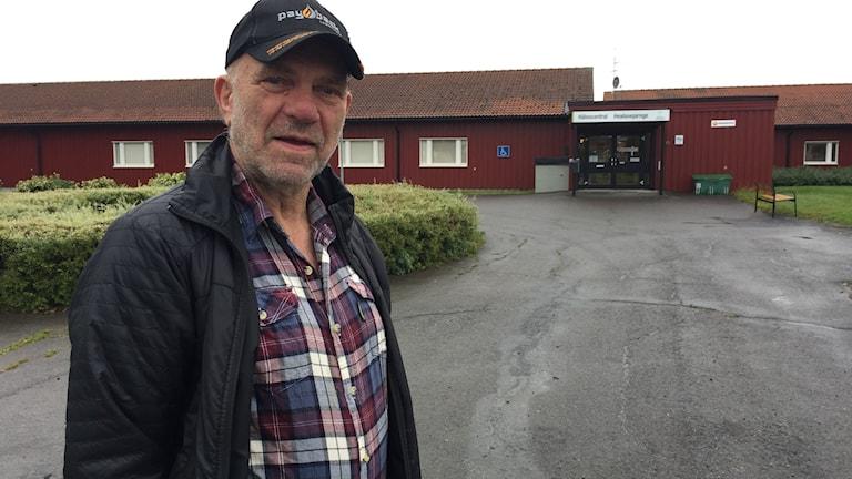 Föllingebon Karl Gösta Bengtsson (utan bindesstreck).