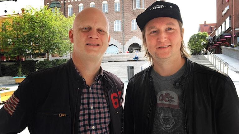 Porträttbild på två män - Martin Sahlberg och Calle Hedman