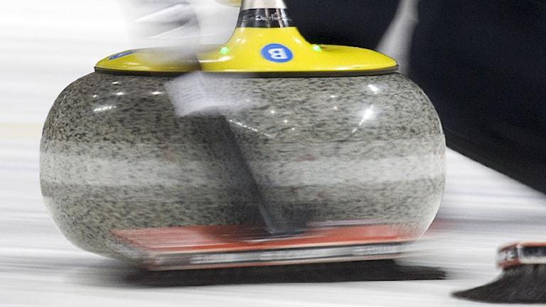 Curlingsten. Foto: Jonathan Hayward/AP