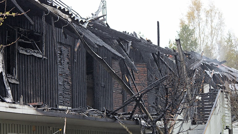 Utbrända lägenheter i bostadslänga