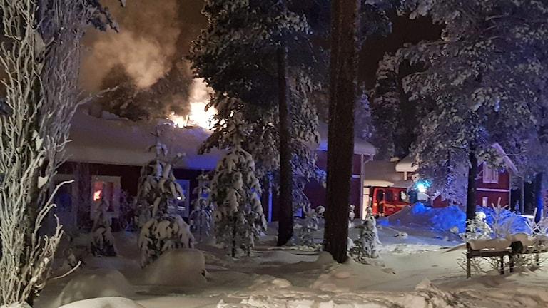 brand i radhus i Sveg