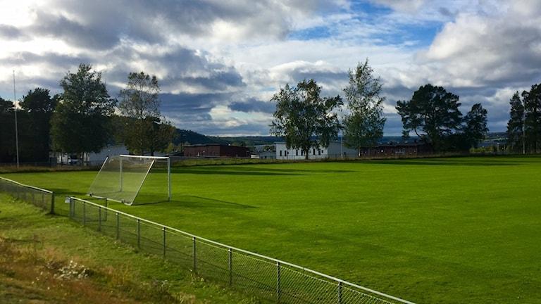 Klassisk idrottsmark, där Östersunds kommun nu vill bygga förskola. Fotbollsplanen Jägarvallen  i Östersund.