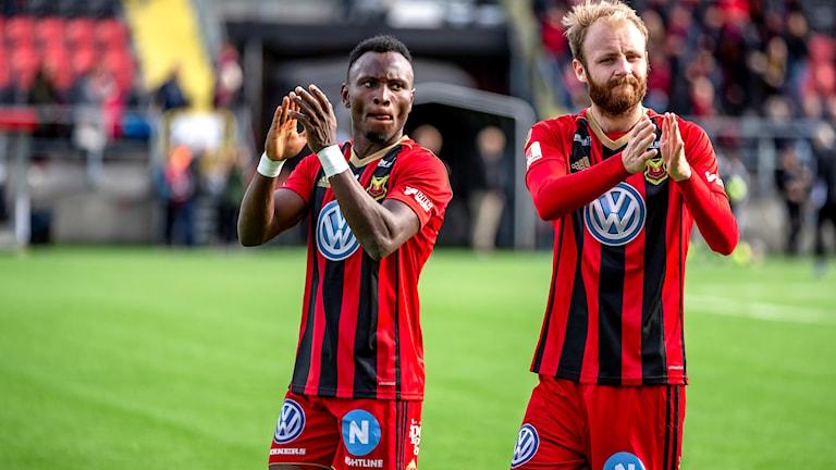 Östersunds Samuel Mensiro och Curtis Edwards