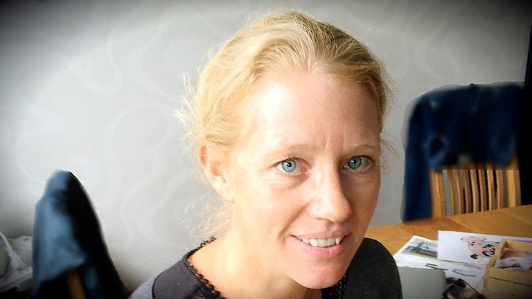 Biträdande rektorn på Storsjöskolan Lina Tirén berättar varför hon tycker att HBTQ-frågorna är viktiga.