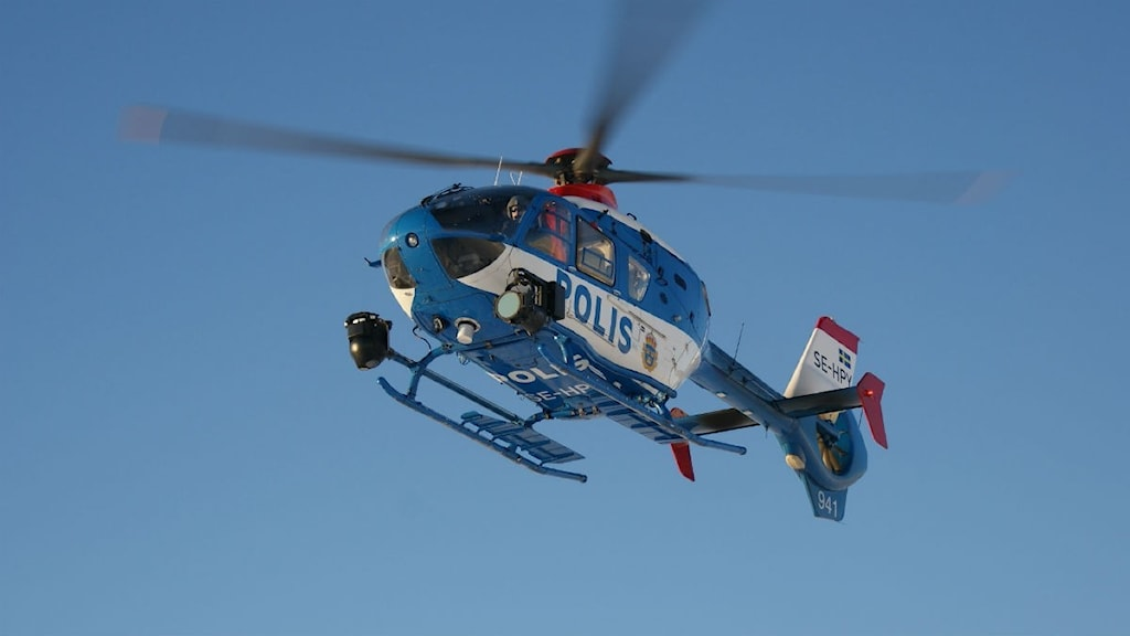 polis, polishelikopter, helikopter, fjällen, oviksfjällen, foto: marcus frånberg
