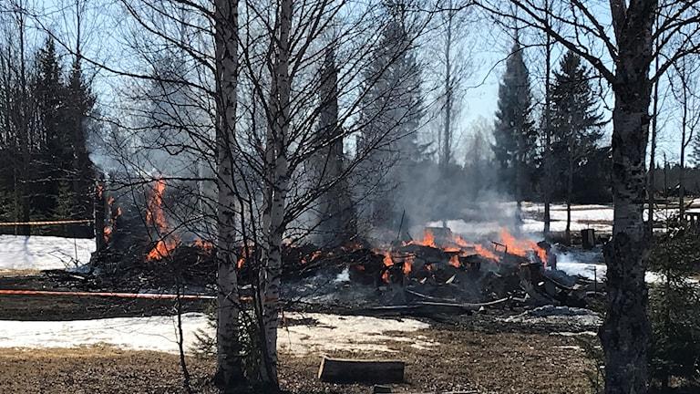 Brand i en villa i Dillne, Oviken.