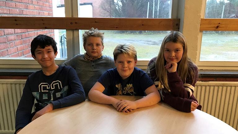 Oskar Westin, Anton Löfgren, Linus Starkman och Meja Danielsson. Foto: Marcus Frånberg/Sveriges Radio