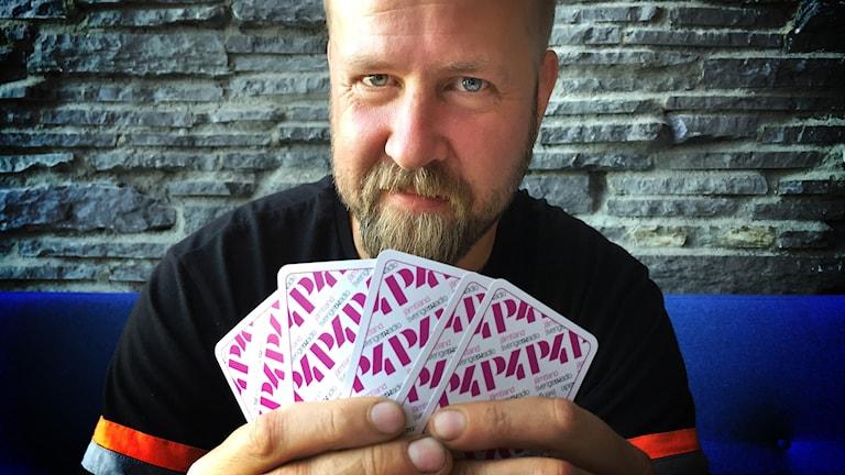 Henrik Löfvander har vunnit en resa och insatsen till huvudturneringen i World Series of Poker som spelas i Las Vegas i sommar.