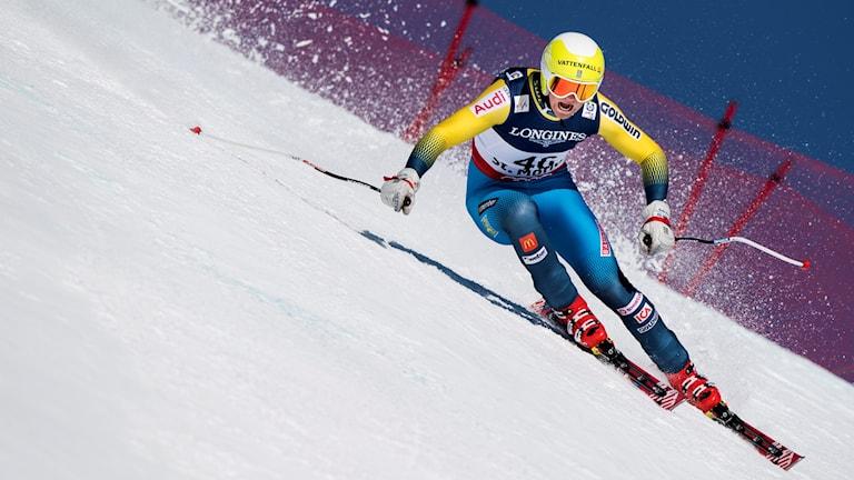 Sveriges Felix Monsén under störtloppet i herrarnas superkombination vid alpina VM i Sankt Moritz.
