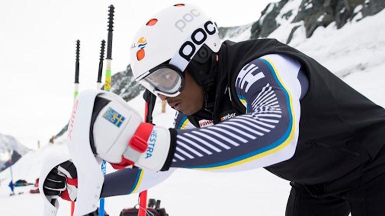 Dan-Axel Grahn debuterar i alpina världscupen, Storslalom, Slalom