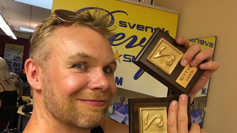Patrik Zakrisson är glad över att Östersundsrevyn vann två klasser i RevySM.
