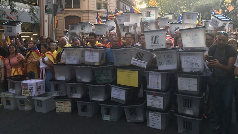 Katalonien protester Barcelona valurnor