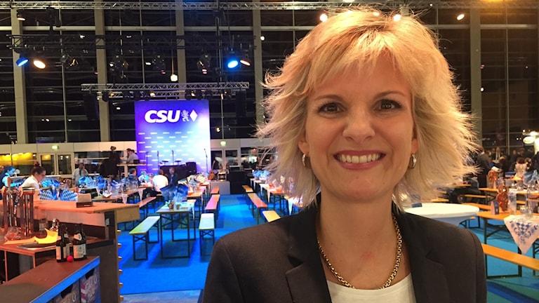 - Jag är övertygad om att vi ska få till en regering med socialdemokraterna, säger Daniela Ludwig (CSU) inför kommande koalitionsförhandlingar. Foto: Daniela Marquardt/SR