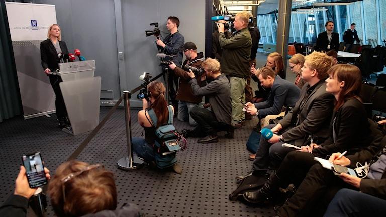 Presskonferens med Sylvi Listhaug