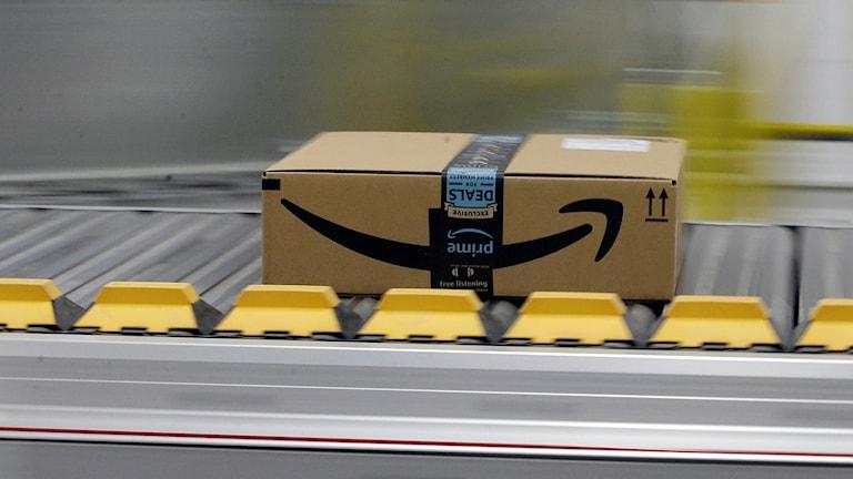 Redan idag handlar svenska konsumenter för cirka 800 miljoner kronor om året från Amazons amerikanska, brittiska och tyska hemsidor.