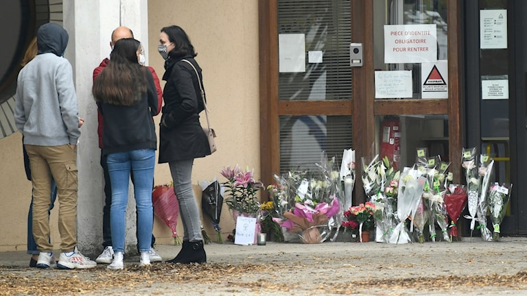 Flera gripna efter brutalt Parismord