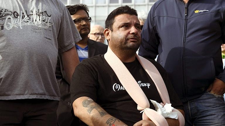 Hassan Zubier blev själv skadad när han ingrep mot knivmannen
